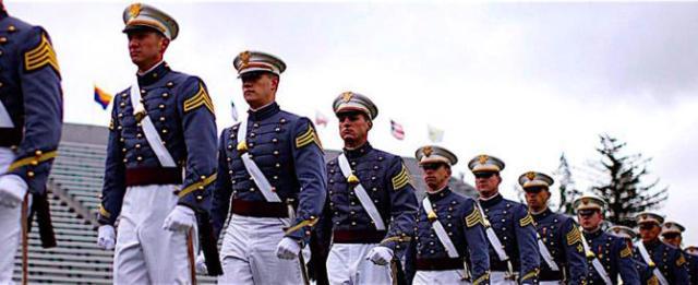parata-us-army-670x274.jpg