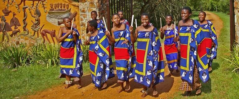 swaziland-cultural-singer-phophonyane
